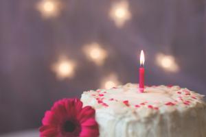 Сладкий стол и детский торт на день рождения
