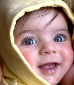 малыш и детское полотенец для купания