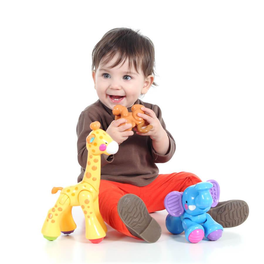 Первые игрушки для детей от рождения до года
