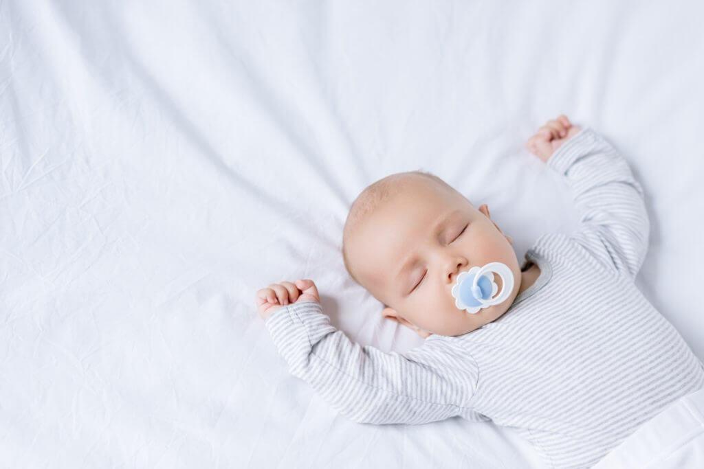 Новорожденные 2 месяц развития