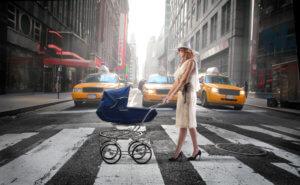 безопасность младенца на улице