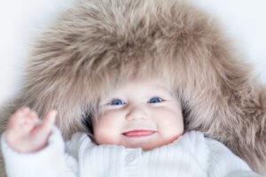 Зимняя одежда и автокресло