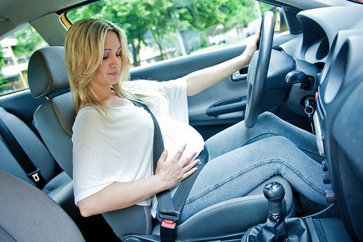 5 правил беременной за рулем