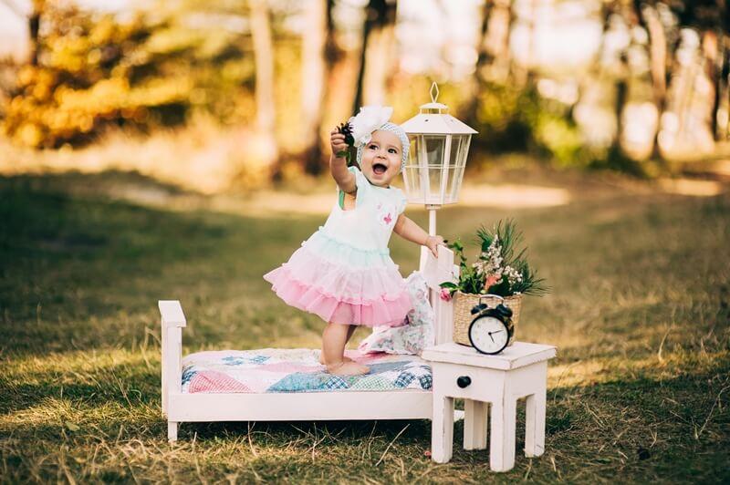 11 месяцев ребенку: развитие и уход