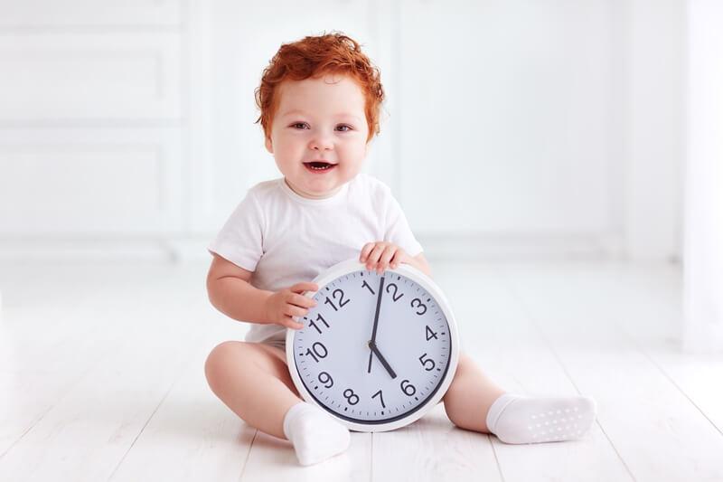 рыжий ребенок новорожденный