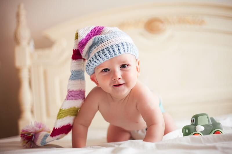 7 месяцев ребенку: развитие и уход