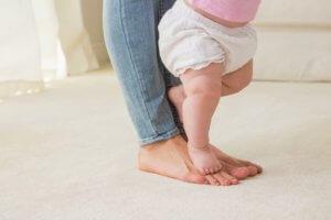 первые шаги ребенка