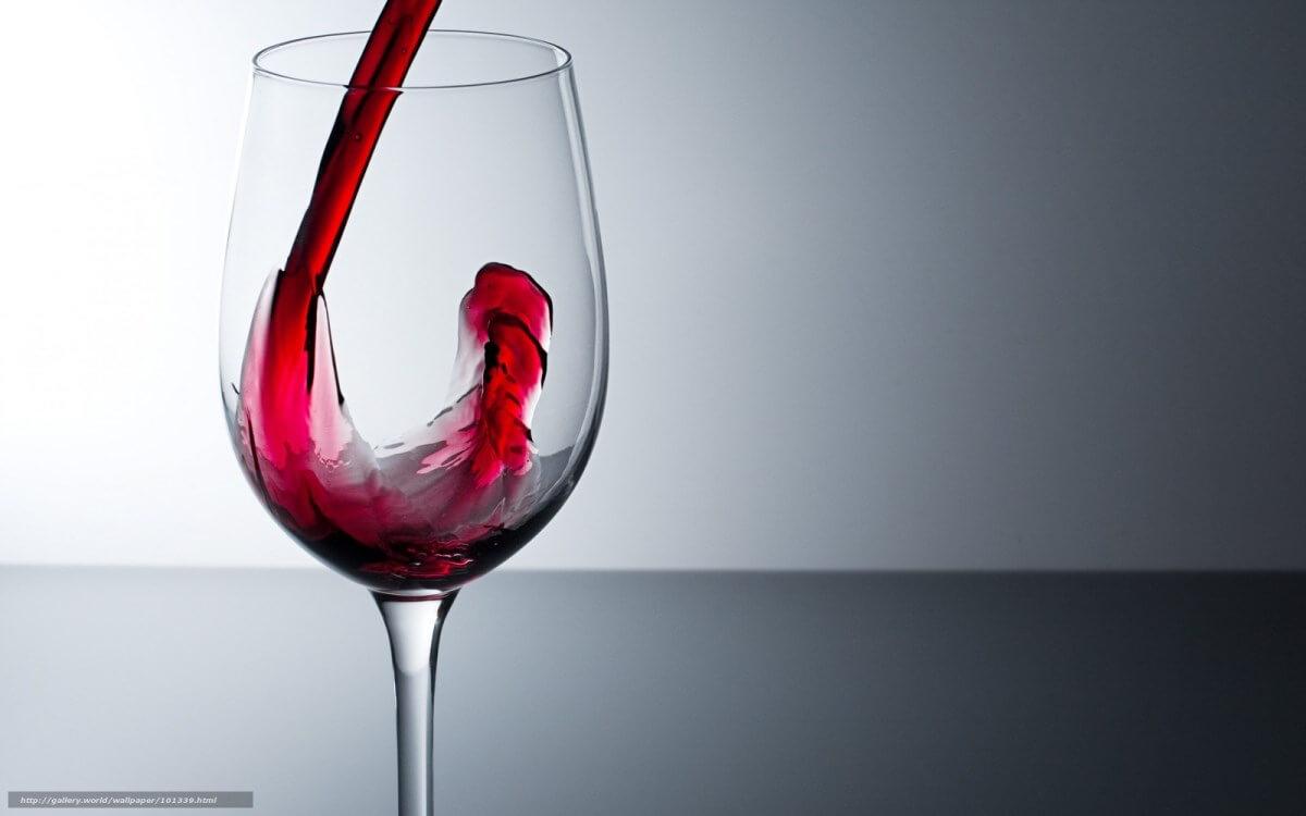 Алкоголь при грудном вскармливании: пить или не пить?
