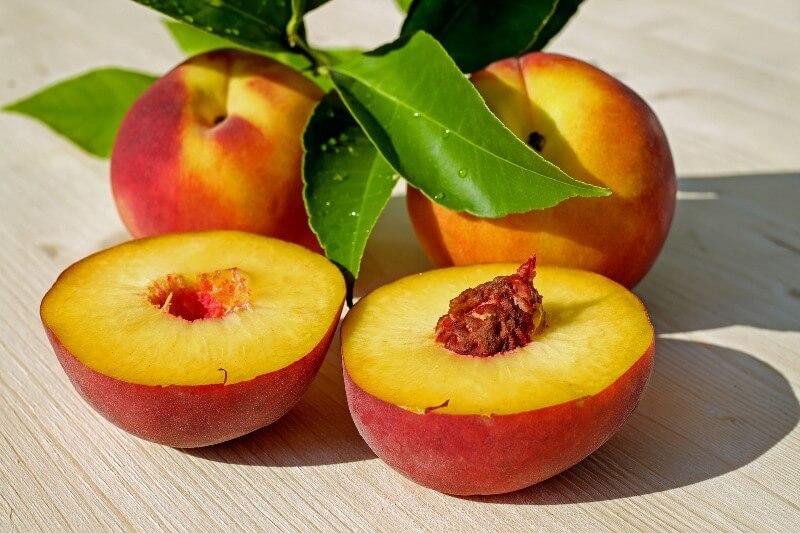 фрукты при ГВ