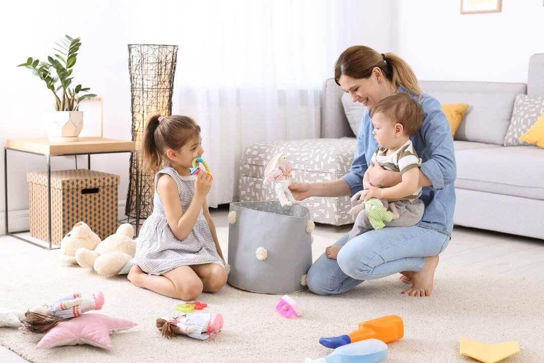 Как приучить ребенка к порядку? Превратите уборку в игру!
