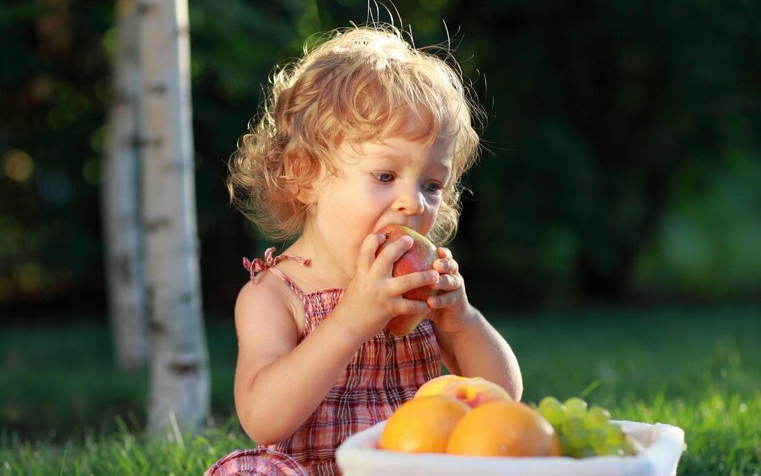 Почему дети едят недостаточно фруктов?